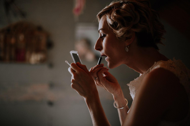 mariage château de Venon, préparatif, fleur mariage, make up
