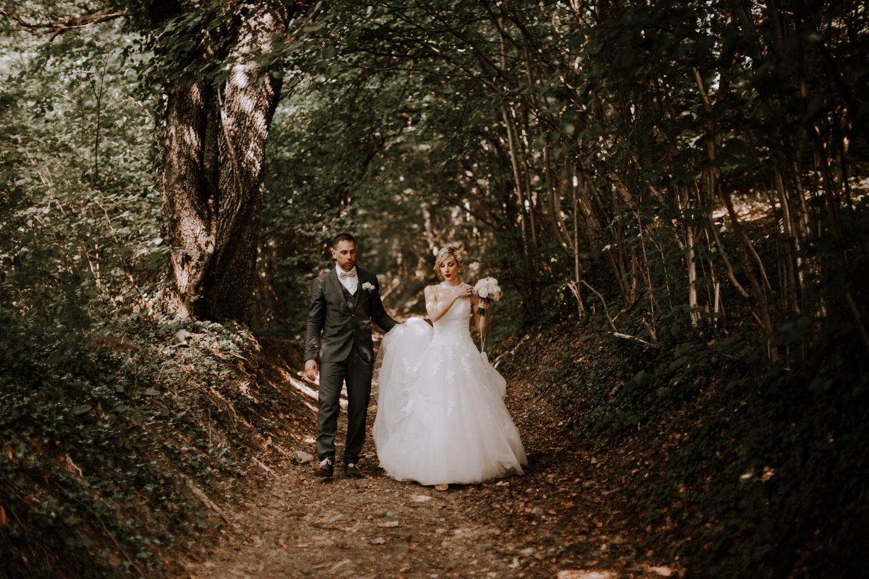 mariage château de Venon, préparatif, fleur mariage, make up, robe de marié grenoble, mariage grenoble, mairie, photographe mariage grenoble, photographe mariage savoie, photo de mariage, séance couple,