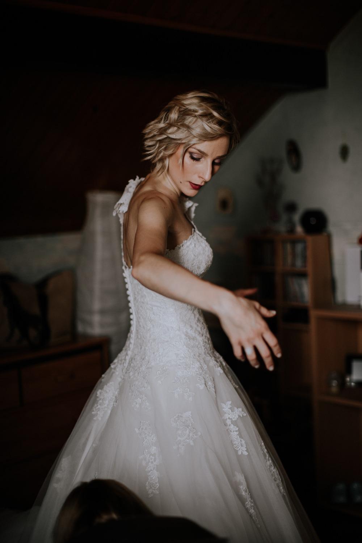 mariage château de Venon, préparatif, fleur mariage, make up, robe de marié grenoble