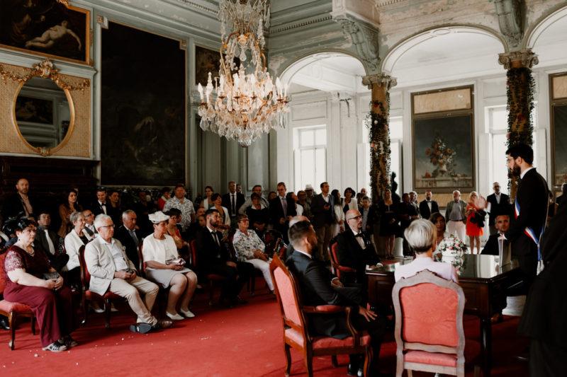 Un mariage à saint Offenge près d'Annecy-photographe mariage pour tous - Photographe mariage annecy - mariage au chateau de saint offenge - Photographe mariage lyon - mariage -mairie de chambery